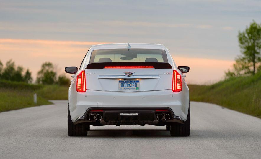 2016 Cadillac CTS-V - Slide 47