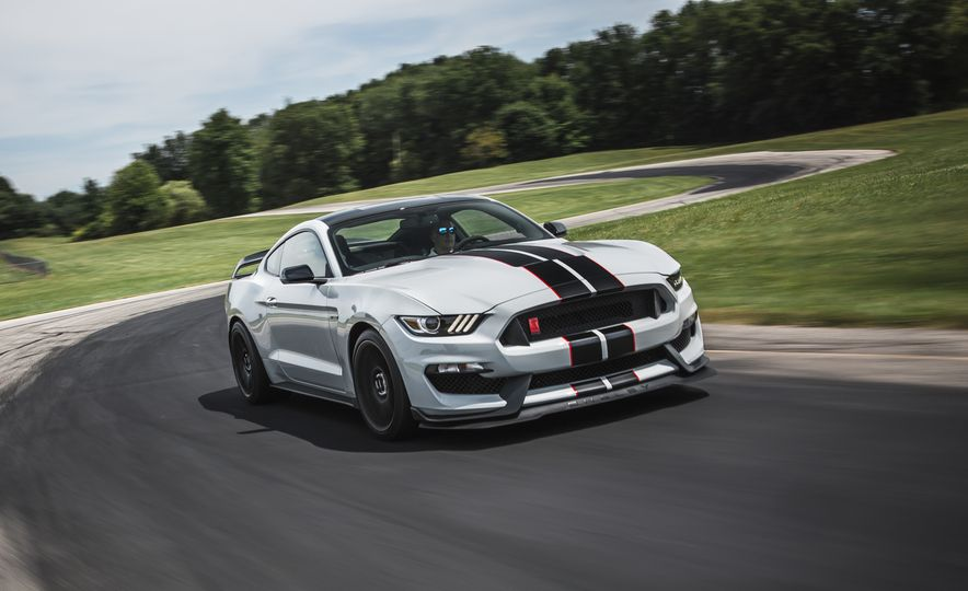 2016 Ford Mustang Shelby GT350Rs - Slide 11