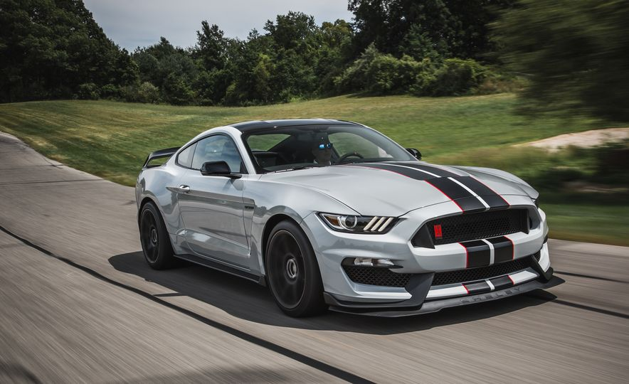 2016 Ford Mustang Shelby GT350Rs - Slide 19