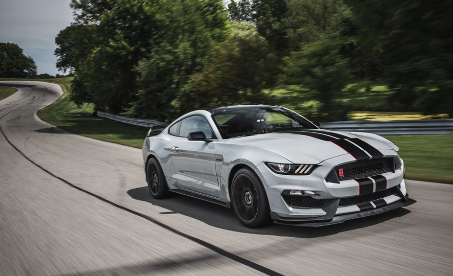 2016 Ford Mustang Shelby GT350Rs - Slide 20