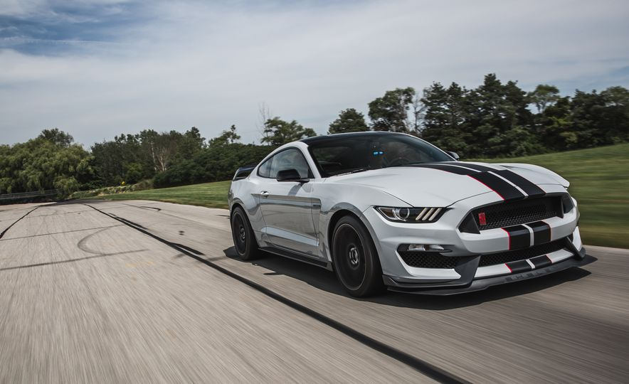2016 Ford Mustang Shelby GT350Rs - Slide 21