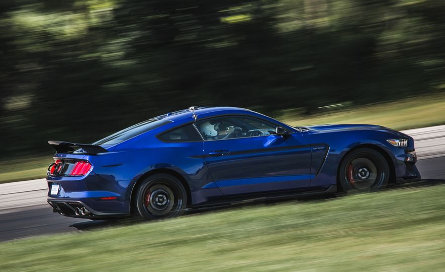 2016 Ford Mustang Shelby GT350Rs - Slide 53