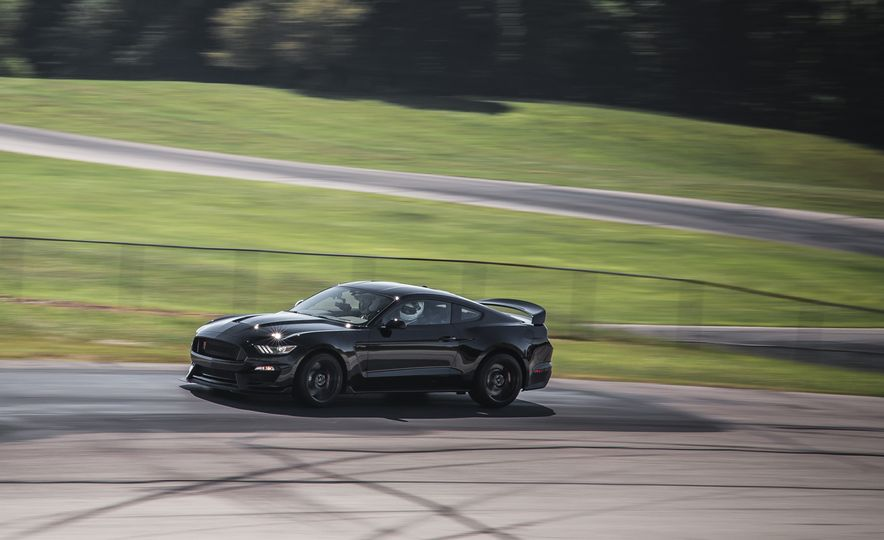 2016 Ford Mustang Shelby GT350Rs - Slide 59