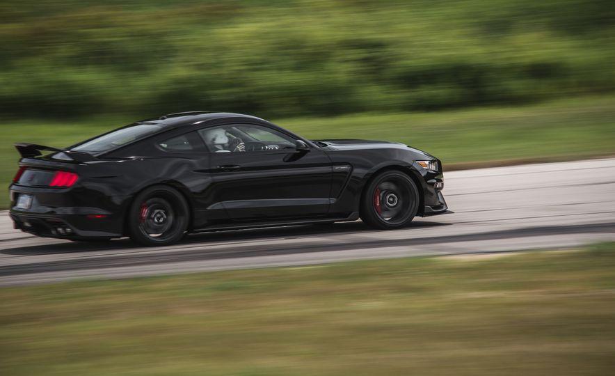 2016 Ford Mustang Shelby GT350Rs - Slide 64