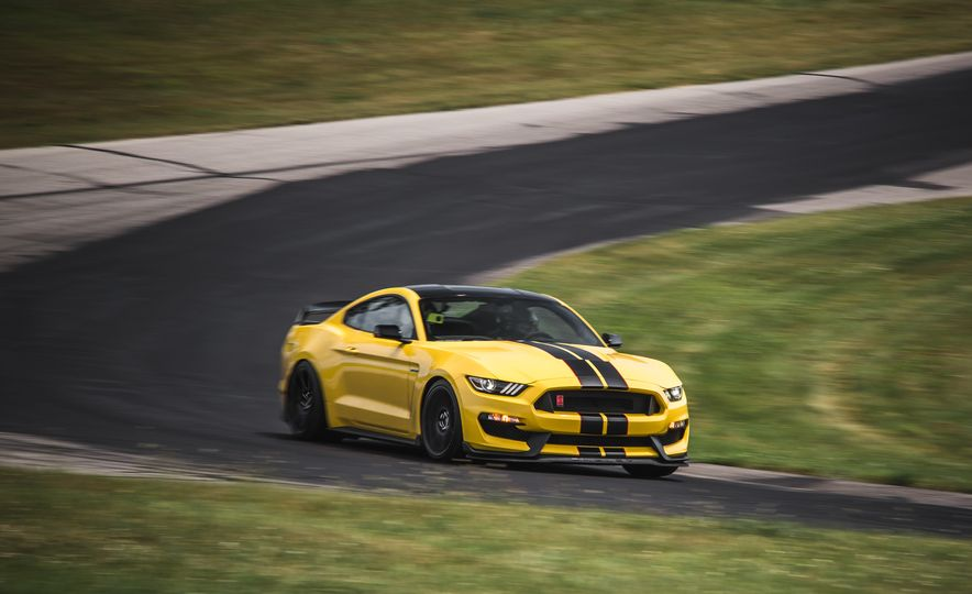 2016 Ford Mustang Shelby GT350Rs - Slide 69