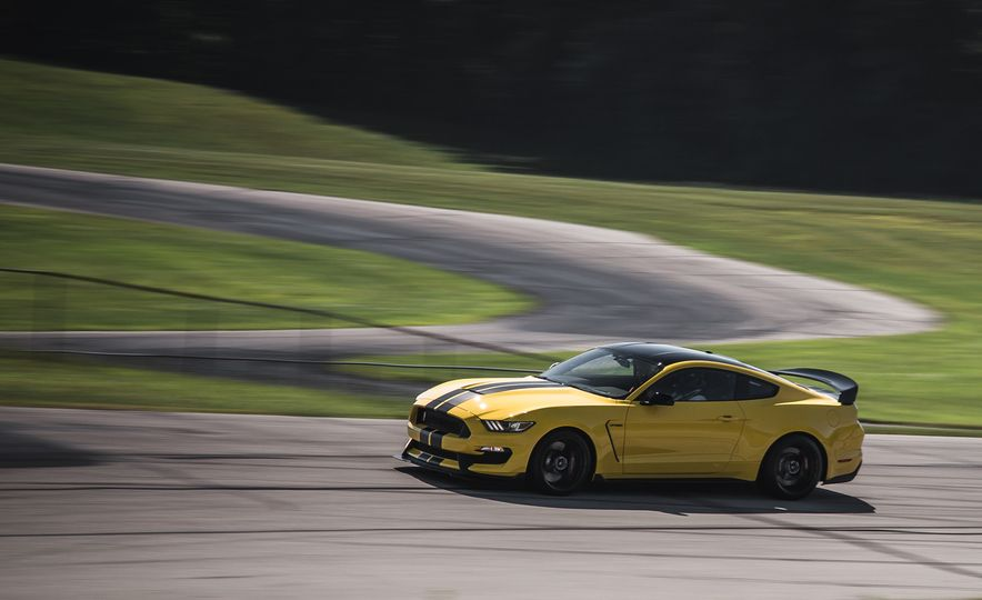 2016 Ford Mustang Shelby GT350Rs - Slide 70