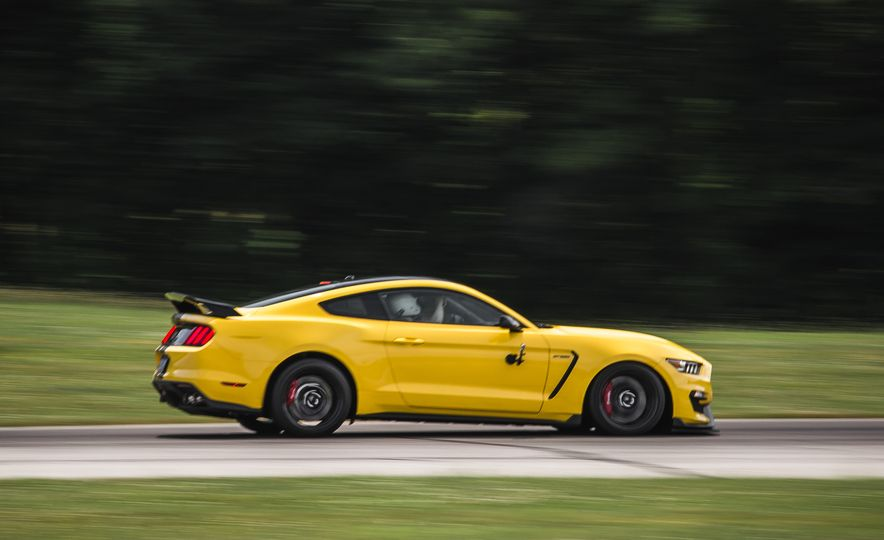 2016 Ford Mustang Shelby GT350Rs - Slide 73