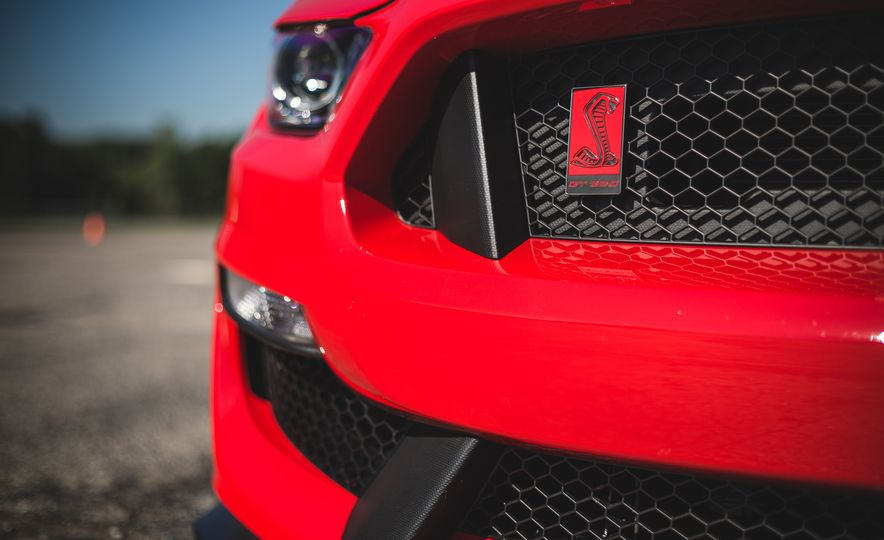 2016 Ford Mustang Shelby GT350Rs - Slide 83