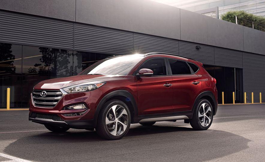2016 Hyundai Tucson - Slide 2