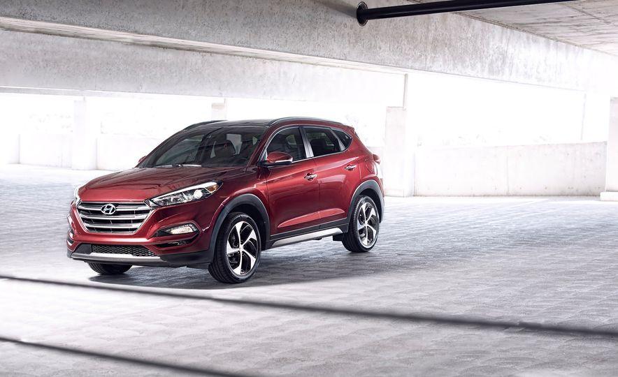 2016 Hyundai Tucson - Slide 9