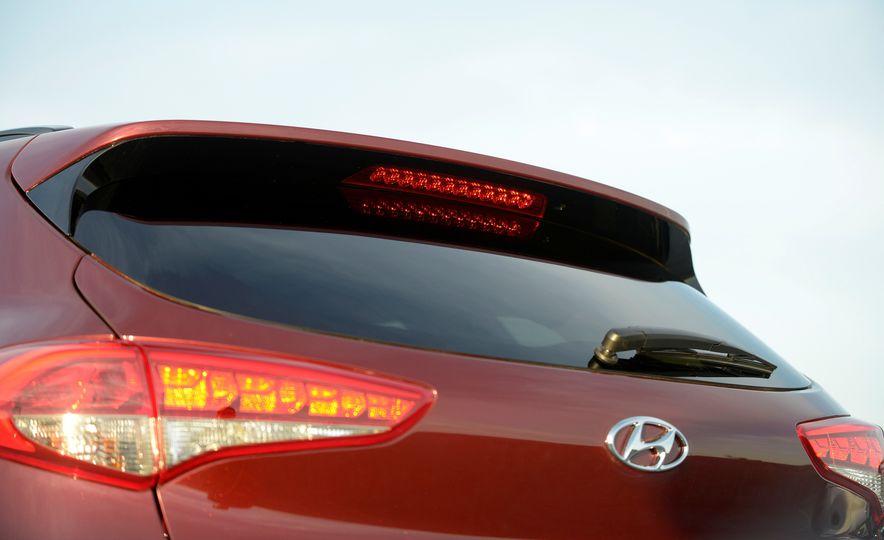 2016 Hyundai Tucson - Slide 13