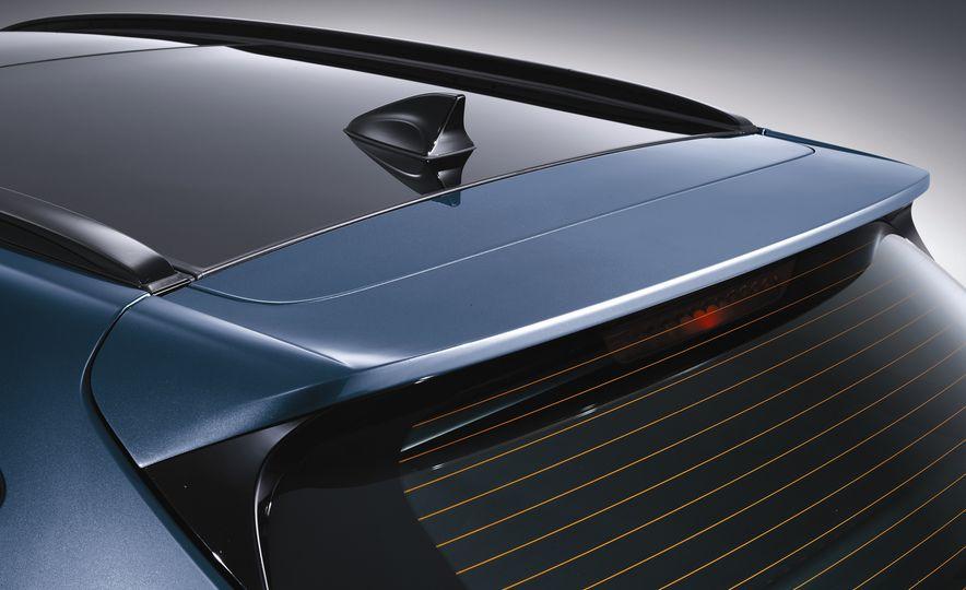 2016 Hyundai Tucson - Slide 19