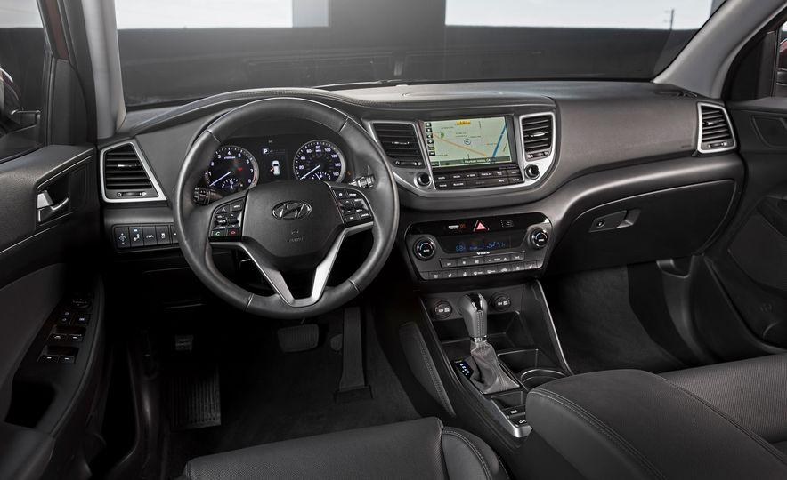 2016 Hyundai Tucson - Slide 24