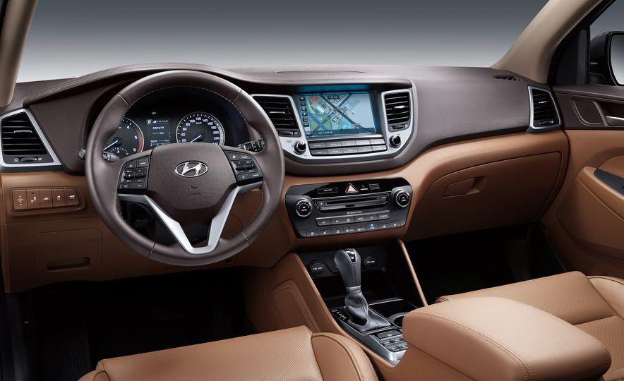 2016 Hyundai Tucson - Slide 32