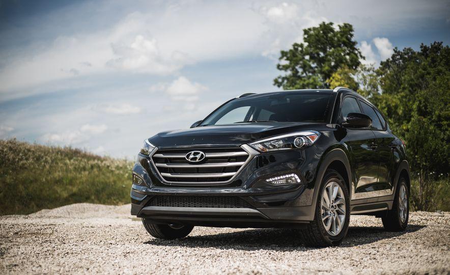 2016 Hyundai Tucson 2.0L - Slide 9
