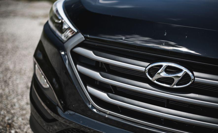 2016 Hyundai Tucson 2.0L - Slide 13