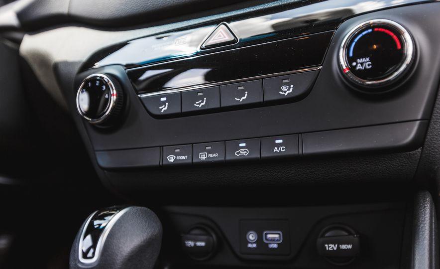 2016 Hyundai Tucson 2.0L - Slide 29