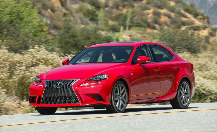 2016 Lexus IS200t: The Entry-Level Lexus IS Gets a Much-Needed Power Boost