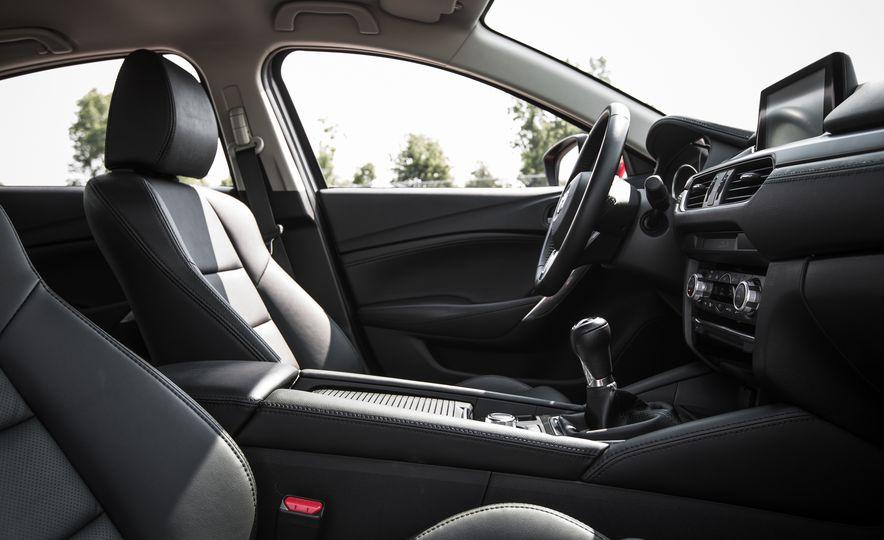 2016 Mazda 6 Touring - Slide 24