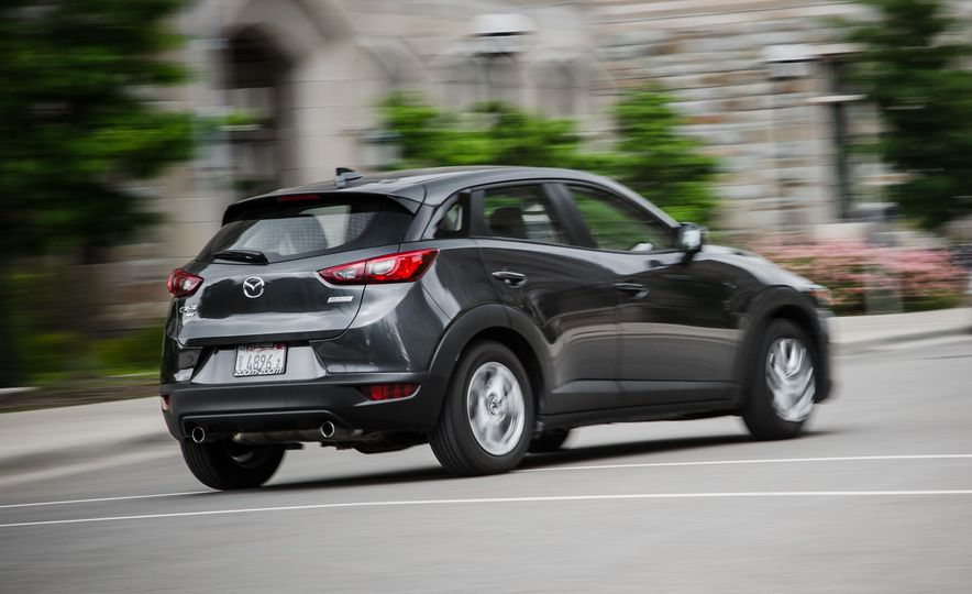2016 Mazda CX-3 Touring AWD - Slide 4