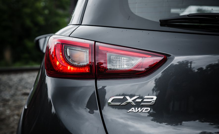 2016 Mazda CX-3 Touring AWD - Slide 14