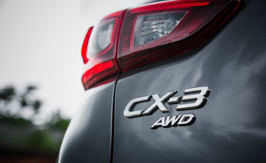 2016 Mazda CX-3 Touring AWD - Slide 15
