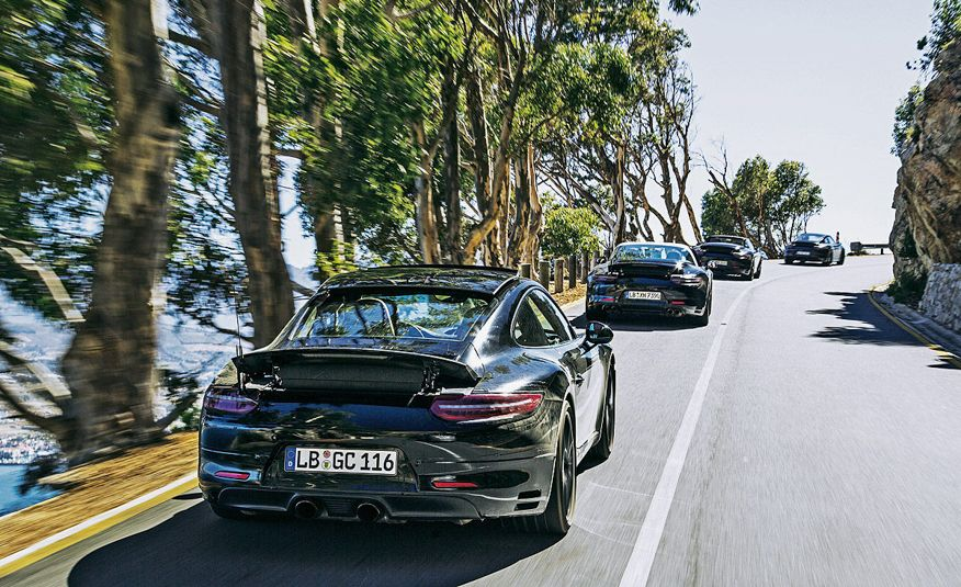 2016 Porsche 911 Carrera coupes and cabriolets - Slide 5