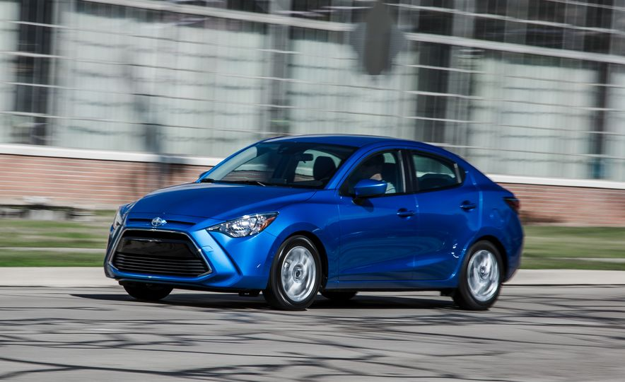 2016 Scion iA - Slide 1