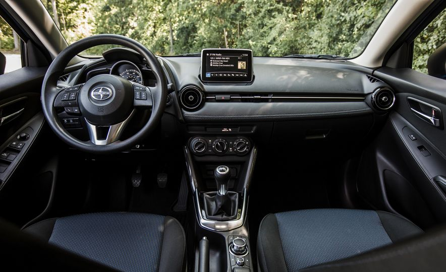 2016 Scion iA - Slide 8