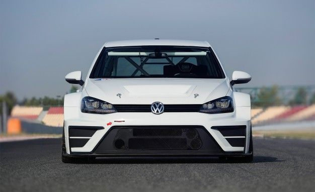 Golf R'nt You Jealous? Volkswagen Unveils 330-hp Golf Race Car Concept