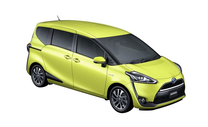 Toyota Sienta hybrid (JDM-spec) - Slide 3