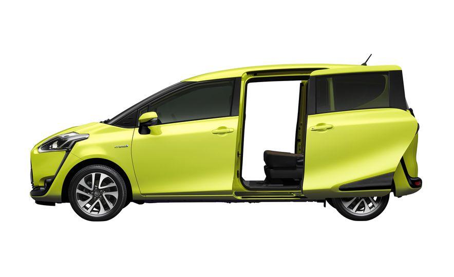 Toyota Sienta hybrid (JDM-spec) - Slide 4