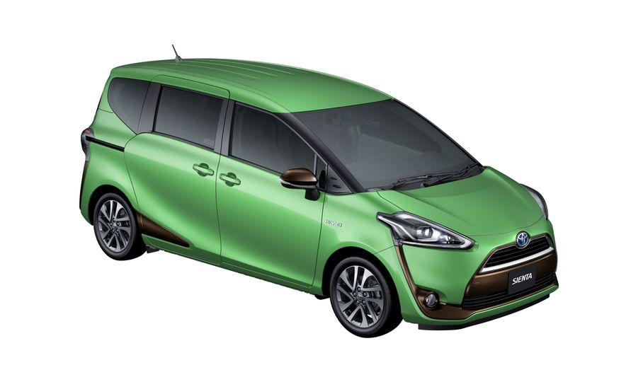 Toyota Sienta hybrid (JDM-spec) - Slide 11