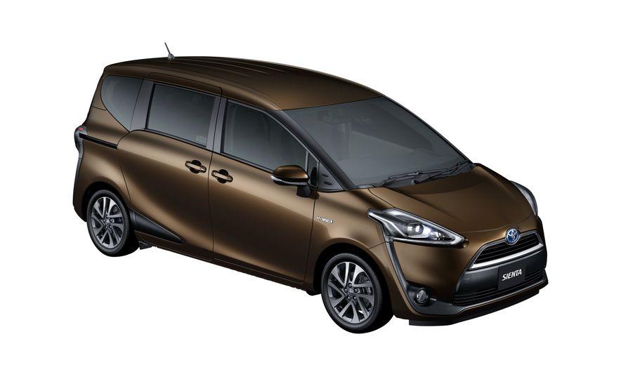 Toyota Sienta hybrid (JDM-spec) - Slide 14