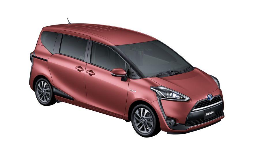 Toyota Sienta hybrid (JDM-spec) - Slide 17