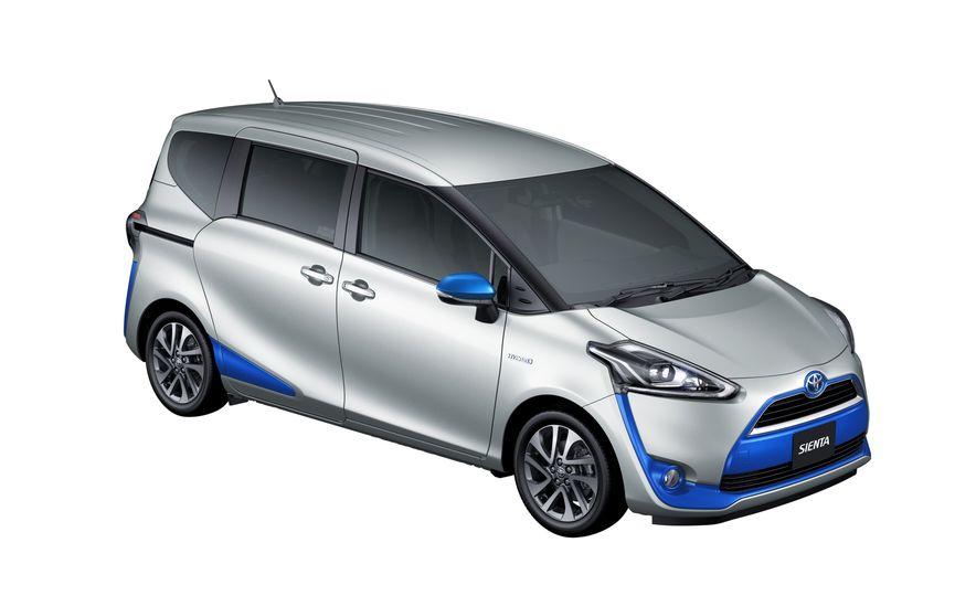 Toyota Sienta hybrid (JDM-spec) - Slide 21