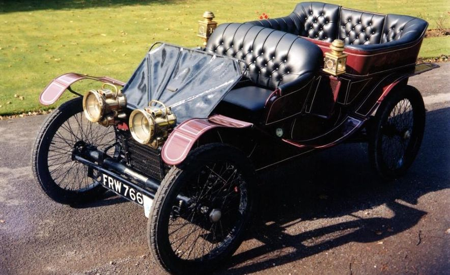 The 10 Most Unusual Production-Car Engines of All Time - Slide 15