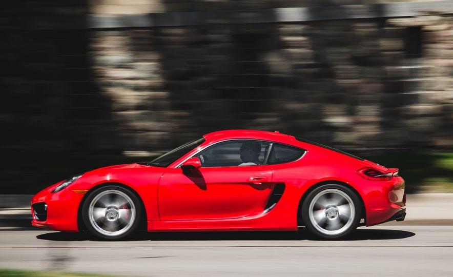 2014 Porsche Cayman S - Slide 17