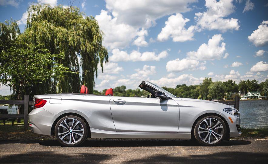 2015 BMW 228i convertible - Slide 16