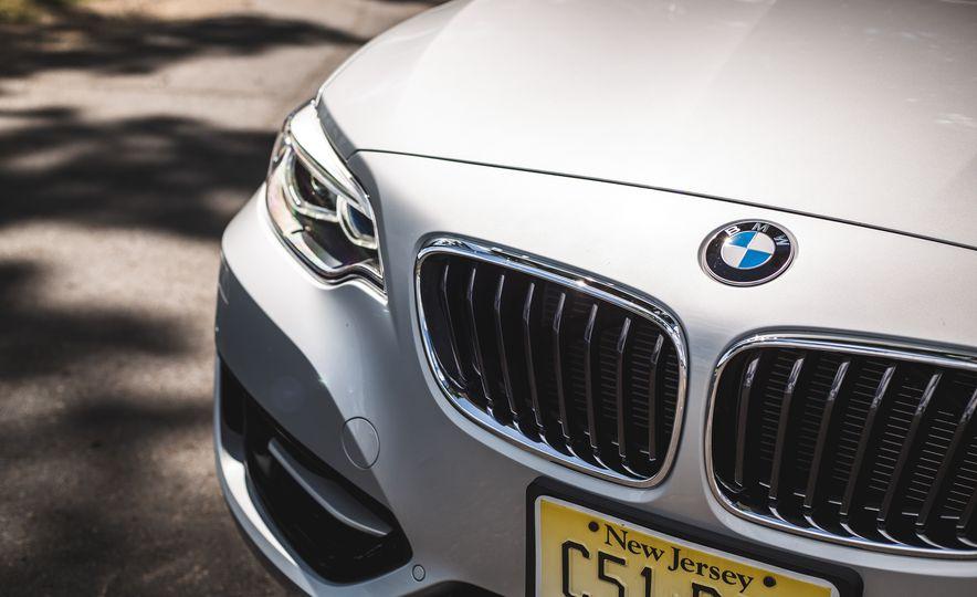 2015 BMW 228i convertible - Slide 22