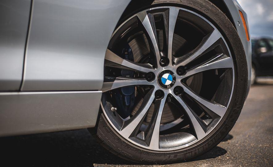 2015 BMW 228i convertible - Slide 24