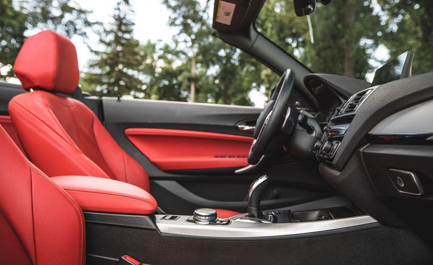 2015 BMW 228i convertible - Slide 35