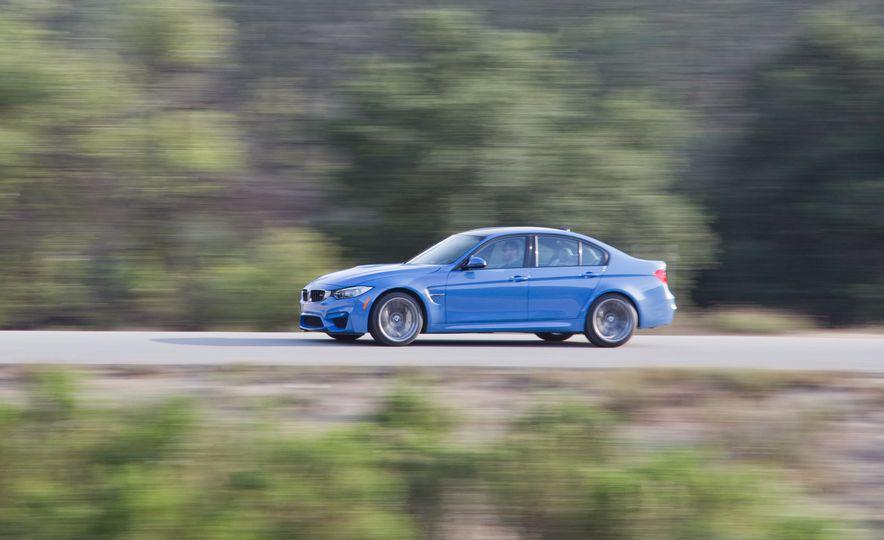 2016 BMW 340i Sport Line sedan - Slide 35