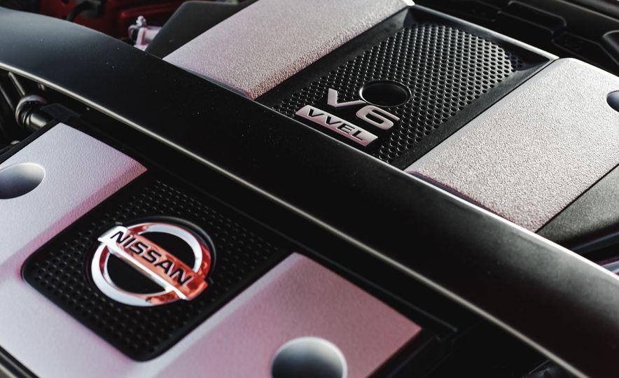 2016 Nissan 370Z - Slide 41