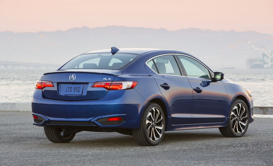 2016 Acura ILX A-Spec - Slide 3