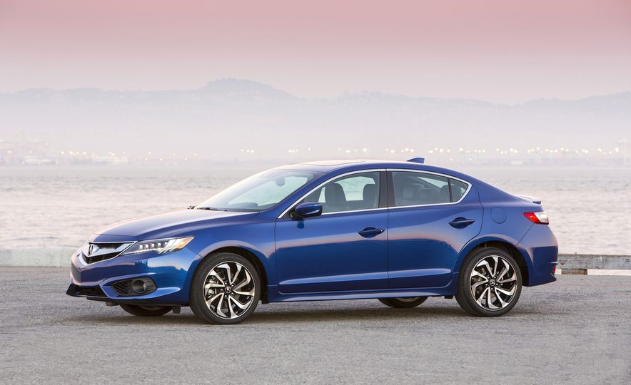 2016 Acura ILX A-Spec - Slide 4