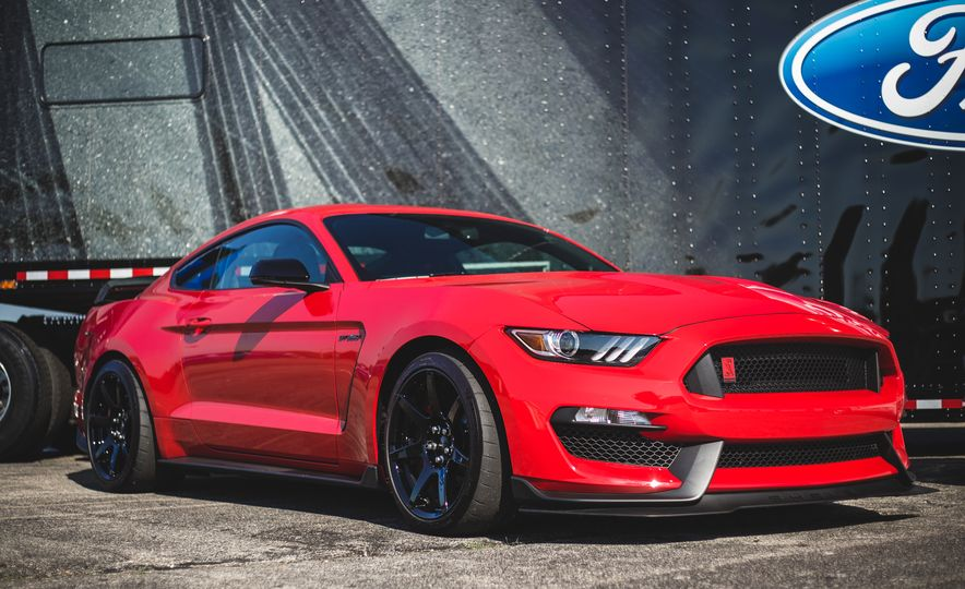 2016 Ford Mustang Shelby GT350Rs - Slide 48