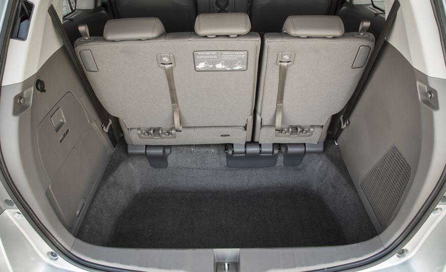 2016 Honda Odyssey SE - Slide 28