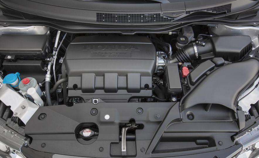 2016 Honda Odyssey SE - Slide 29