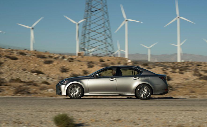 2016 Lexus GS200t - Slide 11
